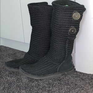 UGG's – Knitted Black Boots